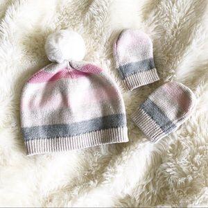 Baby Gap girls hat & mittens.